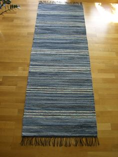 Pretty Patterns, Colored Jeans, Color Combos, Blue Rugs, Weaving, Rag Rugs, Carpets, Brain, Home Decor