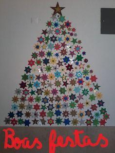 Árvore de natal criada pela turma do 6º C no Natal de 2014