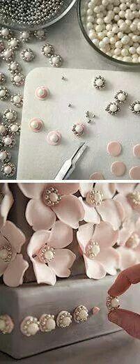 Mooie decoratie en bloemen hart