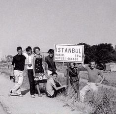 Population of #Istanbul in the 1960s: 1.466.600.... - Photo via @hayalleme pic.twitter.com/WTZwCZwUHN
