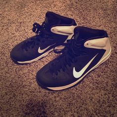 Nike hyperquickness Nike black and white hyper quickness fits women 7.5 good condition needs slight cleaning on the back white part REPOSH Nike Shoes