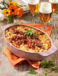 Godaste bacongratängen! Pork Recipes, Vegetarian Recipes, Snack Recipes, Dinner Recipes, Recipies, Snacks, Food For The Gods, Swedish Recipes, Dessert For Dinner