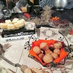 Vintage Halloween Party Theme - The Dessert Table