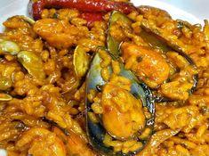 arroz a la marinera, que bueno! Empanadas, Pasta, Chicken Wings, Risotto, Curry, Food And Drink, Soup, Rice, Yummy Food