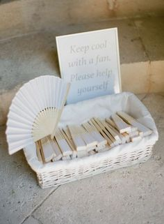 15 very great ideas for your outdoor wedding! greg finck finck great greg ideas mariage outdoor wedding wedding ceremony ideas projects and planning tips from Wedding Fans, Mod Wedding, Free Wedding, Perfect Wedding, Wedding Gifts, Trendy Wedding, Rustic Wedding, Star Wedding, Garden Wedding