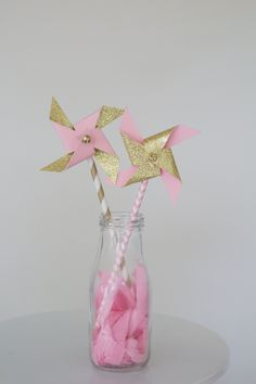 twinkle twinkle little star, twinkle twinkle little star baby shower, twinkle twinkle little star cake topper, cupcake topper, pink and gold by pompomsandpinwheels on Etsy https://www.etsy.com/listing/263447932/twinkle-twinkle-little-star-twinkle