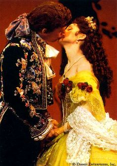Terrance Mann and Susan Egan in the original Broadway production of Beauty and the beast