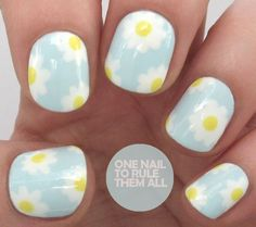 nails -                                                      Tutorial Tuesday: Simple Daisies - One Nail To Rule Them All