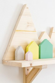 DIY mountains shelves