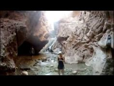 An Underground City of Giants Discovered in the Grand Canyon. ~~ Links: 1) http://humansarefree.com/2015/06/underground-city-of-giants-discovered.html 2) Thu...