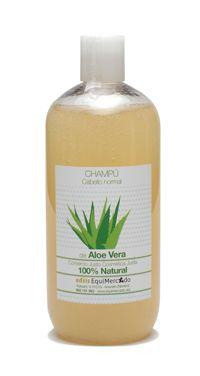 Champú pelo graso Aloe Vera. 500 ml. Producto certificado 100% natural Proporciona en cada lavado un baño nutritivo y regenerador del cuero cabelludo. El aceite de jojoba limpia y regula la secreción de sebo. Sin SLS.