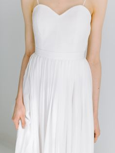 Loen – Tuva Listau Summer Dresses, Elegant, Fashion, Bra Tops, Classy, Moda, Summer Sundresses, La Mode, Fasion