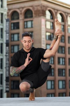 @dylanwerneryoga is featured in the Crow Short Sleeve Hoodie and Unity 2-in-1 Short