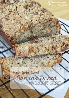 Hearts in My Oven: Peanut Butter Swirled Banana Bread w/ Chocolate Streusel