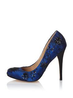 These make me think of the dress Kate Winslet wore in Titanic when she was going to jump off the ship....