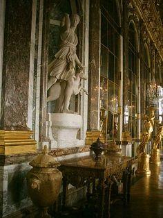 Versailles (Sala dos Espelhos) by Gina Moraes