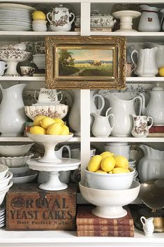 Antique Dishes, Vintage Dishes, Vintage Vignettes, French Cottage, Cottage Style, French Country, Cute Kitchen, Kitchen Decor, Kitchen Ideas