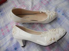 Custom Lace Pearls Women Wedding Shoes Low by StarsShineNewWorld