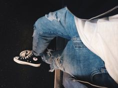 Love some Converse and ripped jeans swag