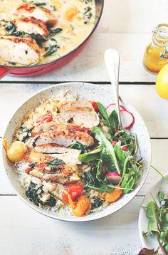 Tani obiad z kurczaka - kurczak po toskańsku - blog - codojedzenia.pl Cooking Recipes, Healthy Recipes, Healthy Foods, Calzone, Poultry, Quiche, Meals, Dinners, Recipies
