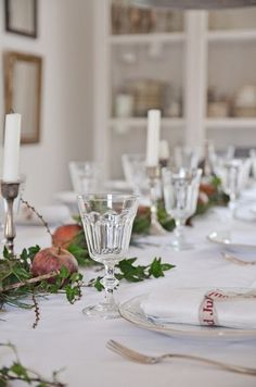 christmas time table settings