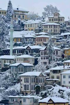 Safranbolu Evleri ve Kış Tablo Gibi.