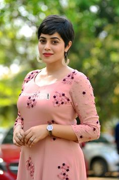 Shamna Kasim (Poorna) Actress Photos Stills Gallery Churidhar Neck Designs, Blouse Designs, South Indian Actress, Beautiful Indian Actress, Indian Attire, Indian Wear, Ladies Kurti Design, Latest Anarkali Suits, Lehenga Gown