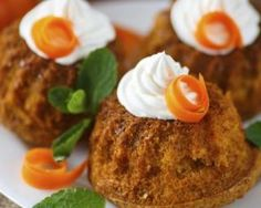 Muffins allégés à la carotte pour Pâques : http://www.fourchette-et-bikini.fr/recettes/recettes-minceur/muffins-alleges-la-carotte-pour-paques.html