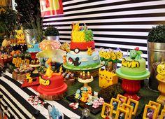 Olha que linda esta Festa Pokemon! DecoraçãoBianca Mácola. Lindas ideias e muita inspiração! Bjs, Fabiola Teles.              Mais id...