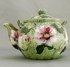 Although not technically a pitcher, this teapot is so beautiful I had to pin it.