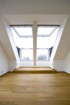 Instead of terrace in attic? A double VELUX CABRIO balcony installation in this loft conversion adds more value to the property, as well as a stunning feature. Via VELUX. Attic Loft, Loft Room, Bedroom Loft, Attic Library, Attic Ladder, Attic House, Attic Office, Attic Apartment, Attic Rooms