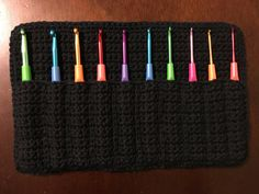 Crochet Hoodies Crochet Hook Case FREE crochet pattern by Crochet It Creations - Have crochet hooks laying around everywhere? Keep them all together with this SIMPLE FREE pattern by Crochet It Creations. Crochet Hook Sizes Chart, Crochet Hook Case, Crochet Hooks, Free Crochet, Crochet Organizer, Crochet Blanket Patterns, Crochet Blankets, Crochet Accessories, Free Pattern