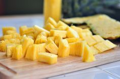 How to Cut and Dice a Pineapple by penniesonaplatter #Pineapple #How_To #penniesonaplatter