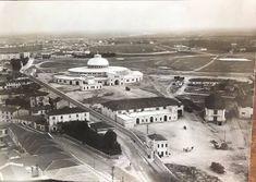 I Magazzini Generali nel 1930 Verona, Paris Skyline, The Past, Louvre, History, Building, Travel, Vintage, Italia