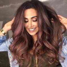 Huda Kattan's new hair color by Guy Tang