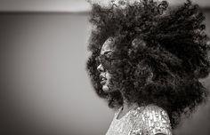 curly-essence:  hoppypolla:  Kreesha Turner_51-bw2 by Oz John Tekson on Flickr.  http://curlyessence.com/