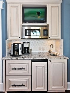 Tiny Apartments Design, Pictures, Remodel, Decor and Ideas - page 24