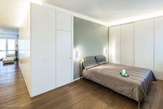 CST / White Box Apartment