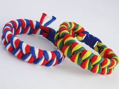 How To Make An Easy 3 Strand Braid/3 Color Paracord Bracelet
