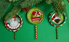 lollypop tree next year. Finally, something to do with all the lids I've been saving! Baby Ornaments, Diy Christmas Ornaments, Diy Christmas Gifts, Holiday Crafts, Christmas Decorations, Xmas, Baby Food Jar Crafts, Mason Jar Crafts, Baby Crafts