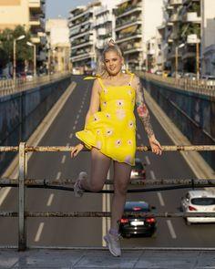 #imikriollandeza #ootd #style #styling #summeroutfit #springoutfit #outfit #2019fashion #fashion2019 #streetstyle #neon #neongreen #neondress #yellowfashion #yellowoutfit #yellowdress #neotraditionaltattoo #tattoo #imikriollandezatattoo #pinktattoo #neotrad #dutchgirl #dutchgirltattoo #luvnroll Neon Dresses, Neo Traditional Tattoo, Yellow Fashion, Neon Green, Yellow Dress, My Girl, Summer Outfits, Ootd, Street Style