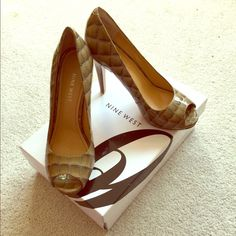 Nine West Escher peep toe tan croc 4 inch heels. Nine West Escher peep toe tan croc 4 inch heels. Worn 1 time outside size 5.5 great for spring and summer work time or fun for date night! Nine West Shoes Heels