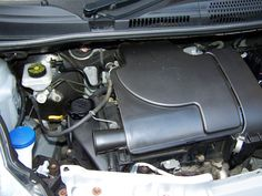 peugeot 107 twin cam showing induction engine bay   my peugeot 107