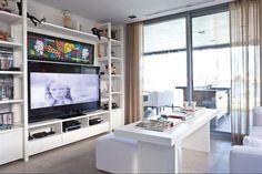 Mueble para la tele gigante