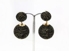 Beautiful AMRITA SINGH Vintage Style Black & Gold Ball drop Earrings. RRP 46.00 by LoubooluJewellery on Etsy Vintage Style, Vintage Fashion, Amrita Singh, Statement Jewelry, Black Gold, Drop Earrings, Jewellery, Trending Outfits, Unique Jewelry