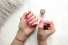 10 Steps To A Home Manicure and Pedicure - Thompson Hill Nails At Home, Manicure At Home, Gel Vs Acrylic Nails, Gel Vs Shellac, Vernis Semi Permanent, Nail Design Video, Nails Design, Manicure Y Pedicure, Mani Pedi