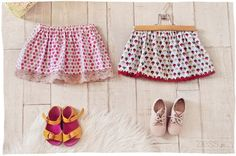 DIY : jupettes ultra rapides (+ tuto express – Caroline Lenain DIY : jupettes ultra rapides (+ tuto express jupe enfant fait main hand made www. Baby Couture, Couture Sewing, Sewing For Kids, Diy For Kids, Crochet Skirt Outfit, Diy Jupe, Diy Trend, Diy Vetement, Creation Couture