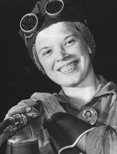 """Margaret Bourke-White—Time & Life Pictures/Getty Images """"Ann Zarik, is a flame burner in Armor Plate Division. Margaret Bourke White, Magazine Images, Brave Women, Rosie The Riveter, Documentary Photographers, Human Emotions, Life Pictures, Photos Of Women, Women In History"""