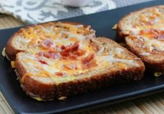 Here's a fun twist to a traditional eggs and toast breakfast - Birds in a Nest with Cheese and Bacon. Get all the traditional foods in one easy meal. Oven Recipes, Bacon Recipes, Cooking Recipes, Bacon In The Oven, Egg Toast, Breakfast Toast, Smoothie Recipes, Smoothies, Melted Cheese