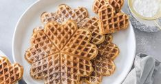 Fluffy waffles in a pretty heart shape - everyone likes to eat these waffles. With our recipe, the waffle batter is stirred in no time and you are gua Donut Recipes, Baking Recipes, Dessert Recipes, Pastry Dough Recipe, Fluffy Waffles, Vegan Breakfast Recipes, Cream Recipes, Sweet Recipes, Food And Drink
